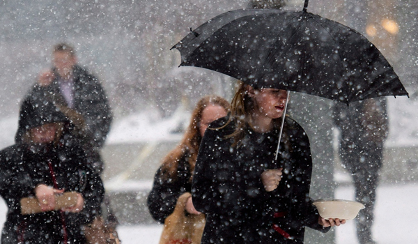 Toronto gets first December snowfall, special weather statement issued for parts of GTA