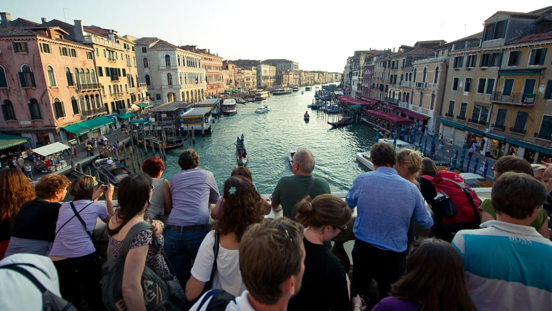 Venice and Florence demand a curb on Airbnb