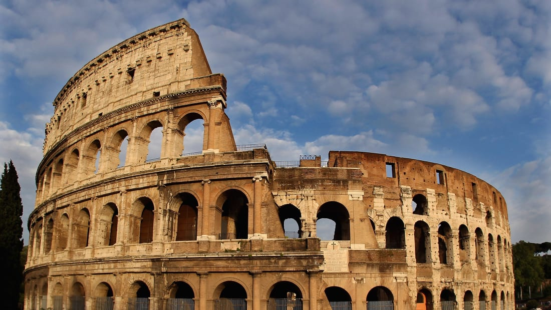 Rome Colosseum: Italy unveils plan for new floor with gladiator's view